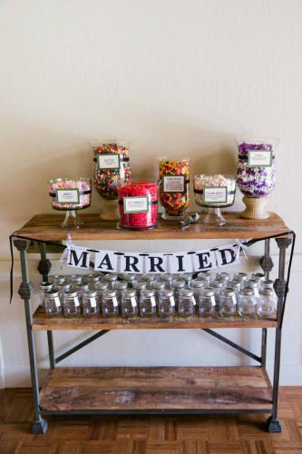 Stephanie & Scott: candy buffet